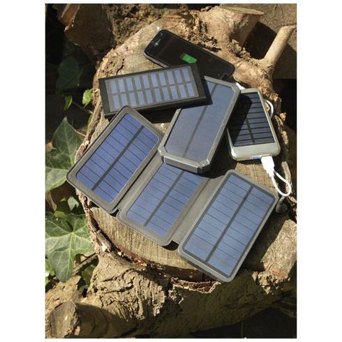 Peak 10.000 mAh solar power bank