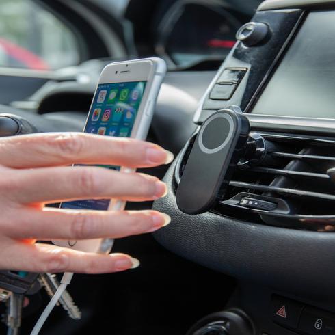 Safety car phone holder